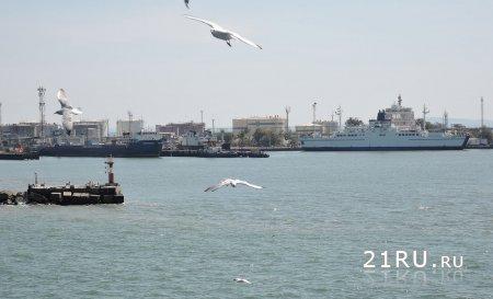 Работа переправы порта Крым и порта Кавказ в 2015 году.